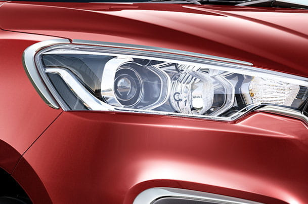 Head Lamp Garnish (Chrome) | Ertiga