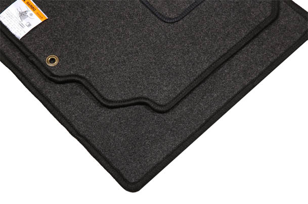 Carpet Mat (Black) | Celerio